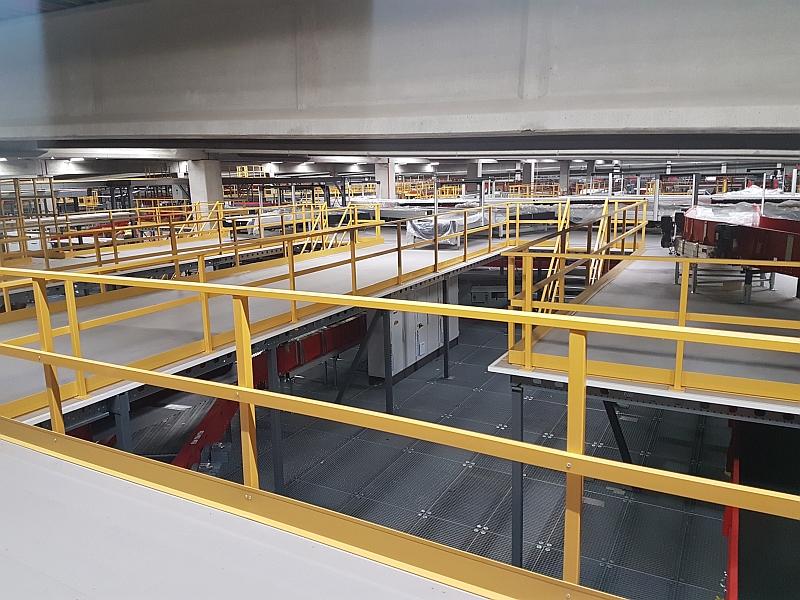 Mezzanine floor industrial balustrade